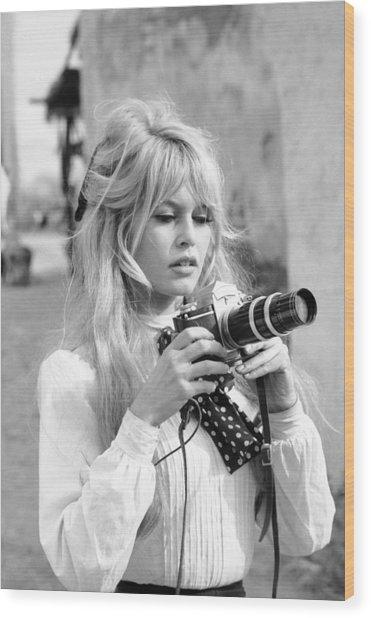 Bardot During Viva Maria Shoot Wood Print by Ralph Crane