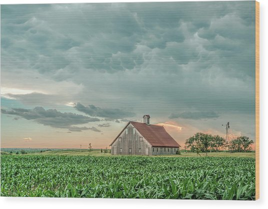 Barn In Sunset Wood Print