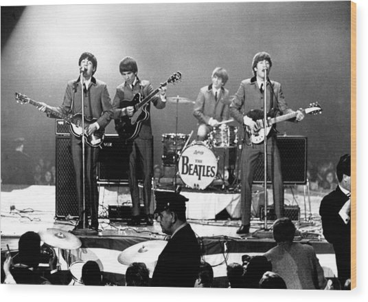 Beatles Perform In Washington, D.c Wood Print