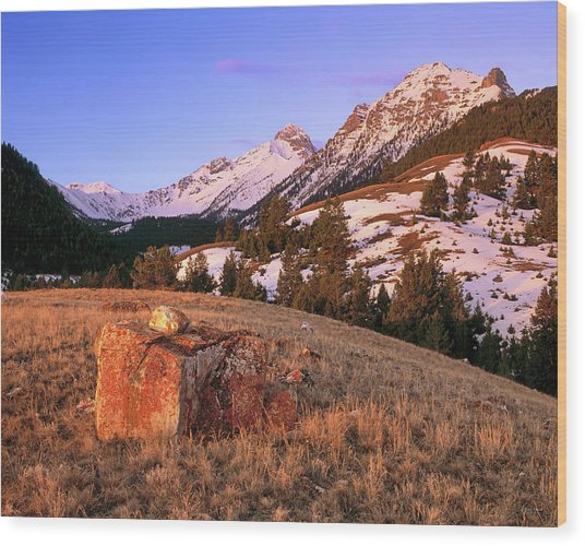 Bell Mountain Sunrise Wood Print by Leland D Howard