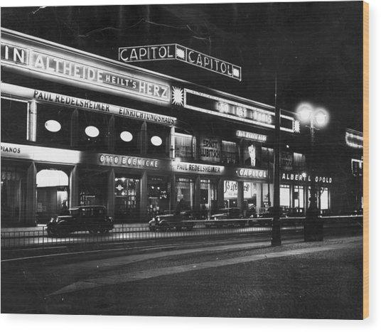 Berlin Cinema Wood Print by General Photographic Agency