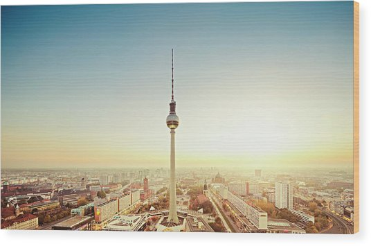 Berlin Cityscape With Fernsehturm At Wood Print by Ricowde