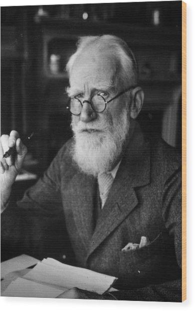 Bernard Shaw Wood Print by Hulton Archive