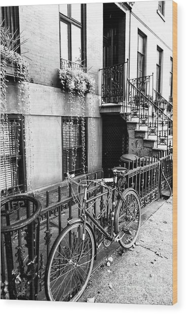 Bicycle In Greenwich Village New York City Wood Print