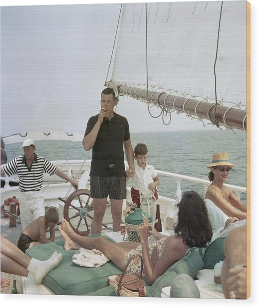 Black Pearl Trippers Wood Print by Slim Aarons