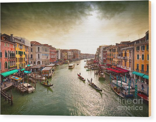 Boats And Gondolas On The Grand Canal Wood Print