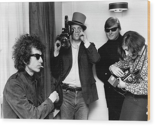 Bob Dylan & D.a. Pennebaker From Dont Wood Print by Michael Ochs Archives