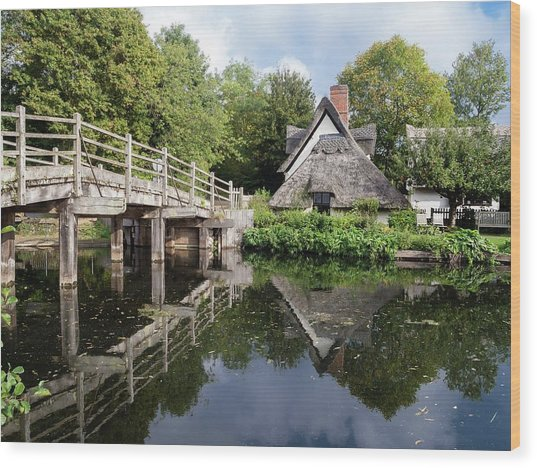 Bridge Cottage, Flatford Wood Print