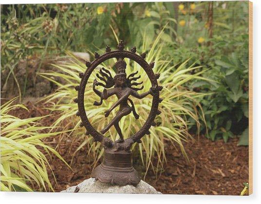 Bronze Shiva In Garden Wood Print