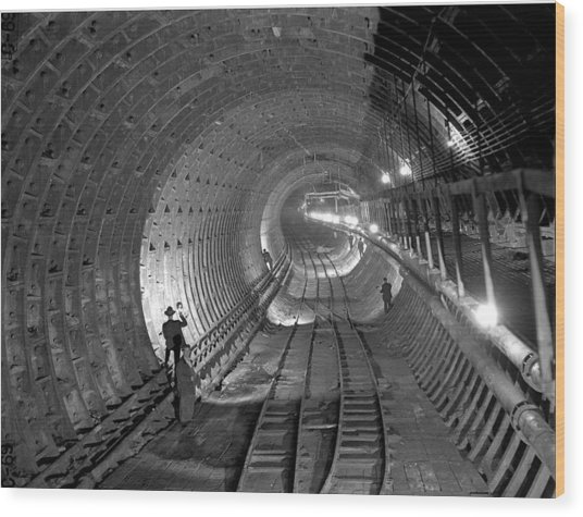 Brooklyn Battery Tunnel Under Wood Print by New York Daily News Archive