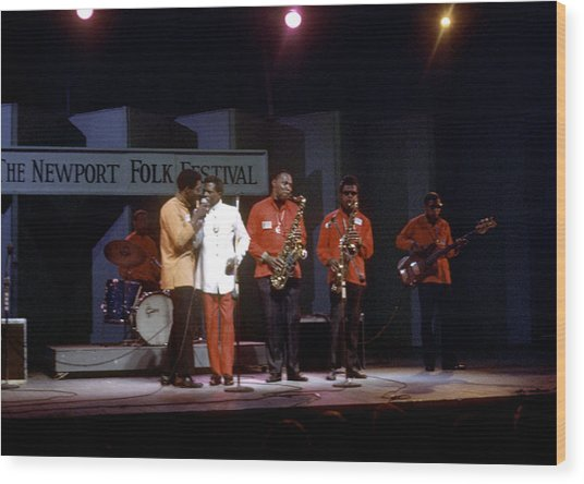 Buddy Guy And Junior Wells At Newport Wood Print by Michael Ochs Archives