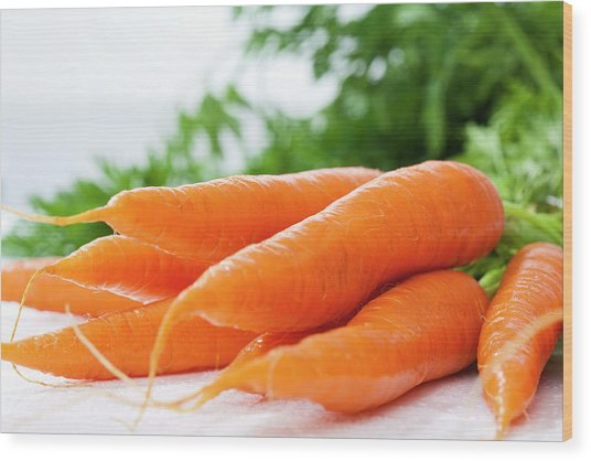 Bunch Of Fresh Carrots, Close Up Wood Print by Westend61
