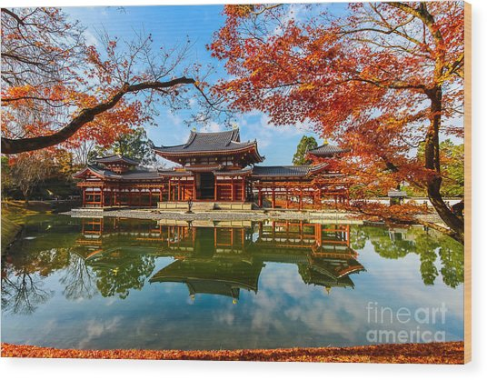 Byodo-in Temple. Kyoto,buddhist Temple Wood Print