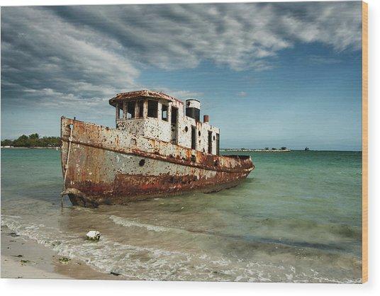 Caribbean Shipwreck 21002 Wood Print