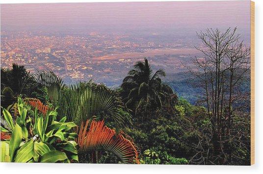 Chiang Mai Wood Print by Davidhuiphoto