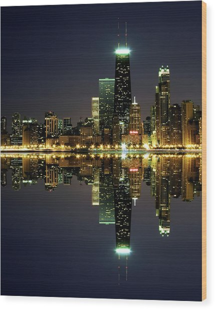 Chicago Skyline Reflected On Lake Wood Print by Pawel.gaul