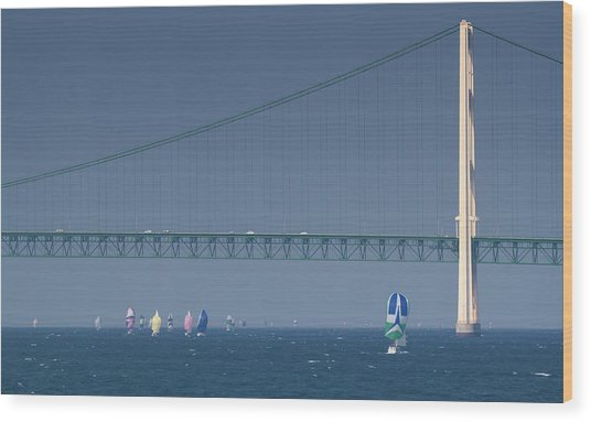 Chicago To Mackinac Yacht Race Sailboats With Mackinac Bridge Wood Print