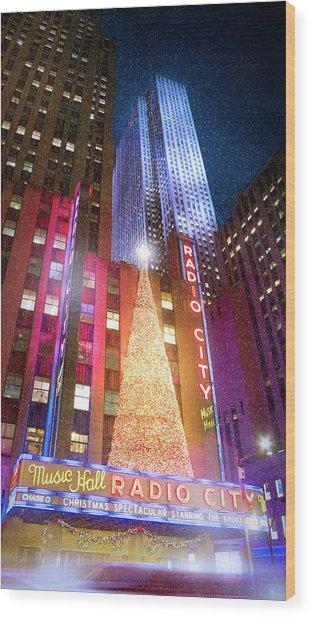 Christmas At Radio City Music Hall Wood Print