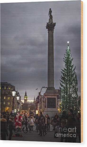 Christmas In Trafalgar Square, London Wood Print