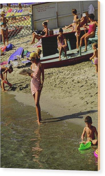 Christy Turlington In Portofino Wood Print by Arthur Elgort