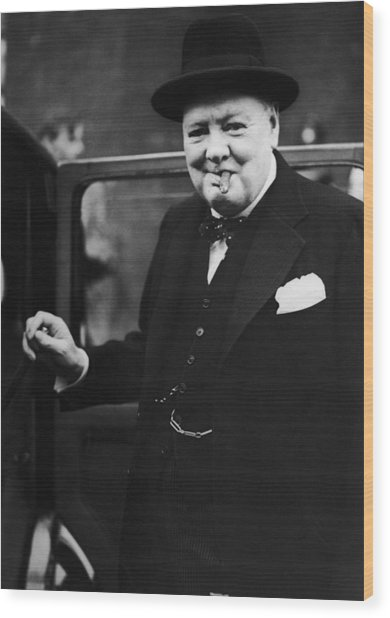 Churchill Resigns Wood Print by Keystone
