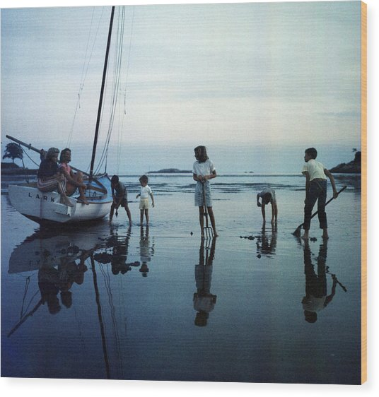 Clam Diggers Wood Print by Slim Aarons