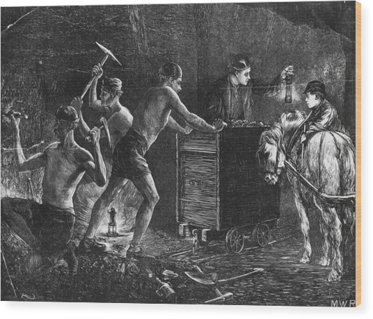 Coal Miners Wood Print by Hulton Archive