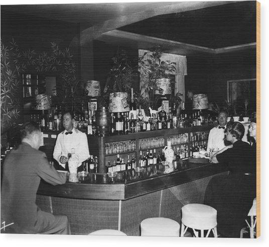 Colony Hotel Bar, Palm Beach, Florida Wood Print