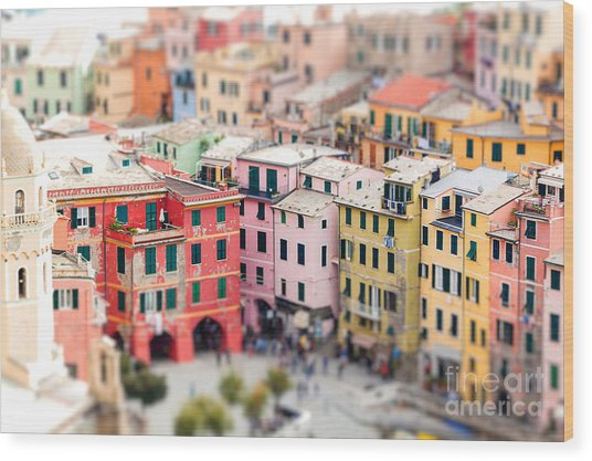 Colorful Houses Of Vernazza With Wood Print