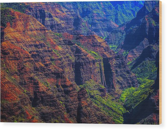 Colorful Mountains Of Kauai Wood Print