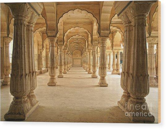 Columned Hall Of Amber Fort. Jaipur Wood Print by Igor Plotnikov