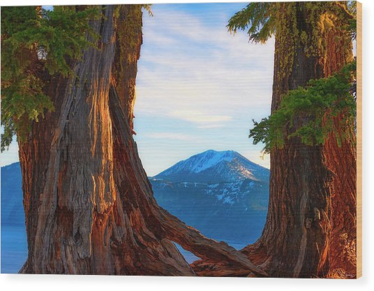 Crater Lake Early Dawn Scenic Views Viii Wood Print