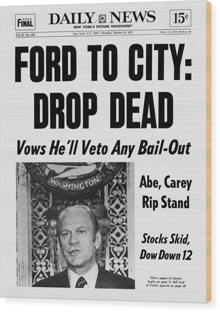 Daily News Front Page October 30, 1975 Wood Print by New York Daily News Archive