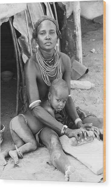 Dassanech Mother And Child Wood Print