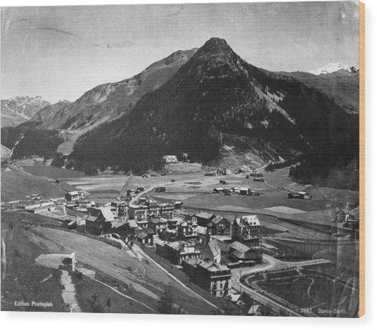 Davos Wood Print by Hulton Archive