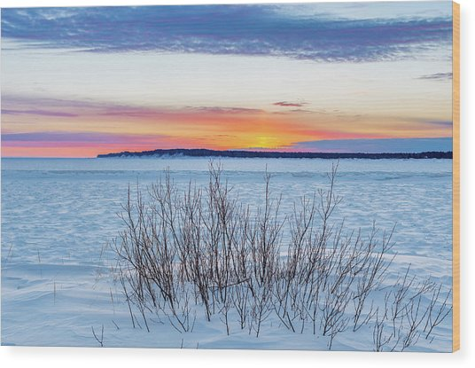 Daybreak Over East Bay Wood Print