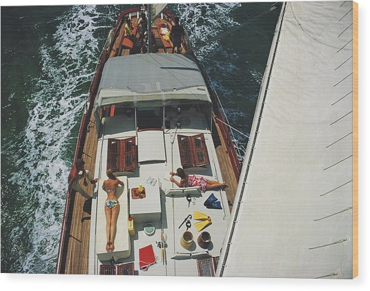 Deck Dwellers Wood Print by Slim Aarons