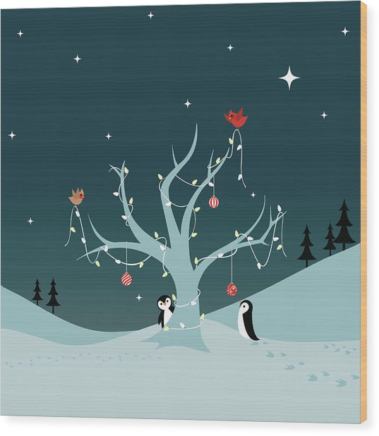 Decorating The Tree Wood Print by Lumpynoodles