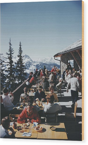 Dining In Gstaad Wood Print
