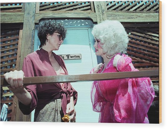 Dolly Parton And Linda Ronstadt Wood Print