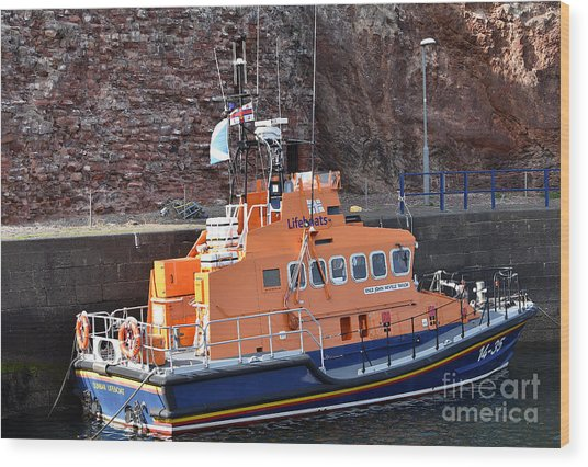Dunbar Lifeboat Wood Print by Yvonne Johnstone