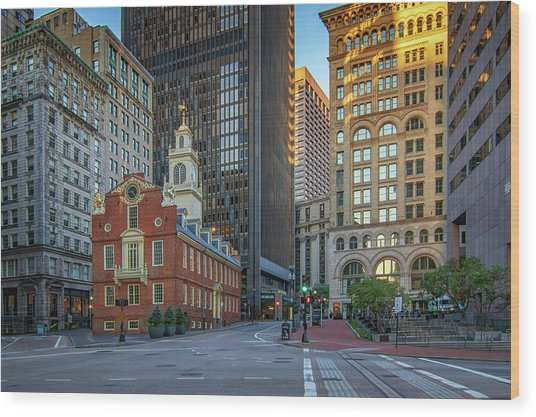 Early Morning At The Old Statehouse Wood Print