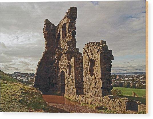 Edinburgh. St. Anthony's Chapel, Holyrood Park Wood Print