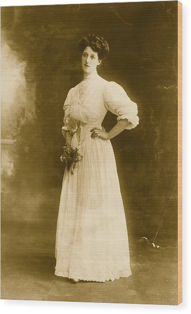 Edwardian Gown Wood Print by Hulton Archive