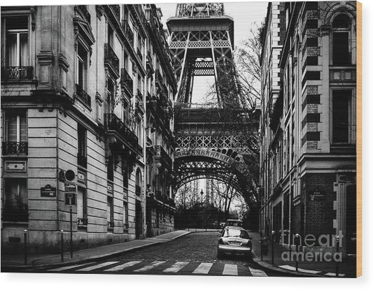 Eiffel Tower - Classic View Wood Print