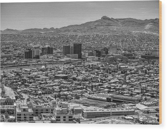 El Paso, Texas And Ciudad Juarez Skyline Black And White Wood Print