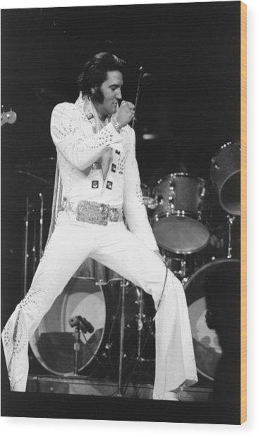 Elvis Presley On Stage During His 1972 Wood Print