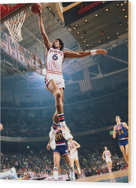 Erving Goes For A Dunk Wood Print