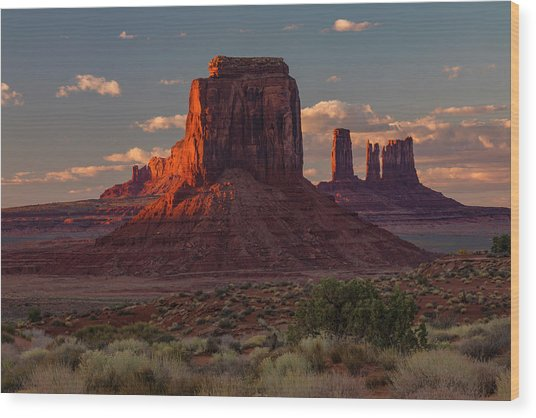Famous Buttes Of Monument Valley Wood Print by Adam Jones