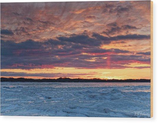 February Sunset Over Erie Wood Print
